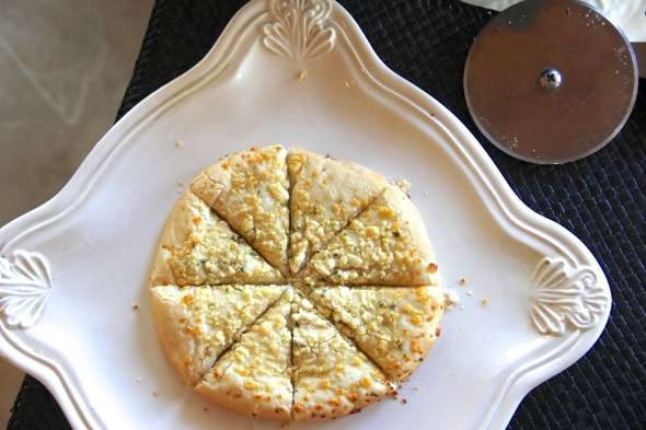 Kermanig's Garlic and Cheese Focaccia reviewed by Skinny Girl Standard, a low calorie food blog